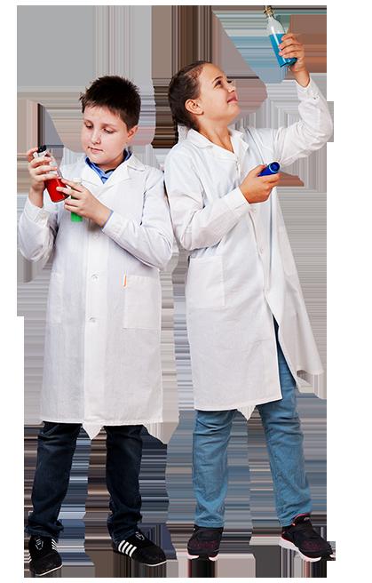Белый халат маленького размера для юных химиков и докторов. Трудовичок.